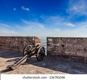 Canon India Images, Stock Photos & Vectors | Shutterstock