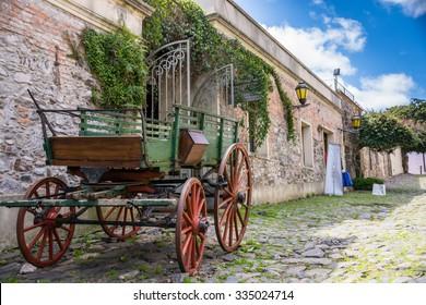 Old Carriage - Colonia del Sacramento . Uruguay