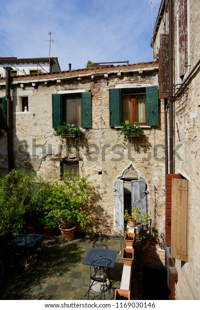 Old Charming Building Courtyard Venice Italy Stock Photo Edit Now