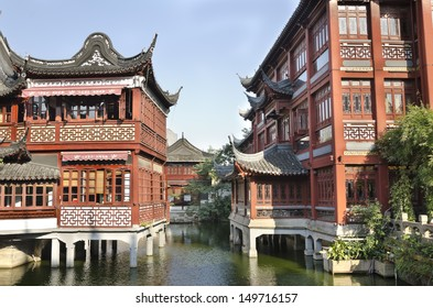 Old Chinatown in Shanghai Beautiful scene surrounded by river of traditional Chinese architecture