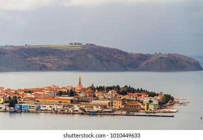 Old city of Izola, Isola, Slovenia, Europe