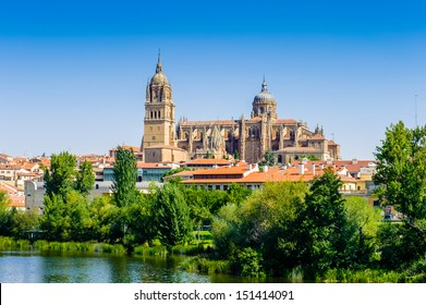 Old City of Salamanca, UNESCO World Heritage. And river Tormes, Salamanca, Spain