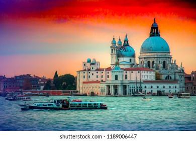 old city in water venezia