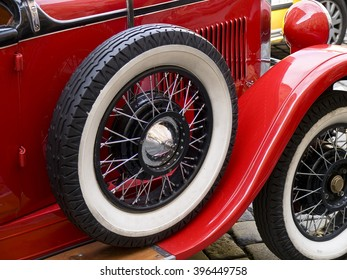 old classic car wheels and tires