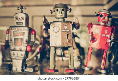 old classic tin toy robots