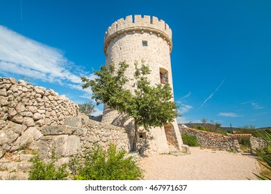 Old defense tower fortress in town of Cres, Kvarner, Croatia