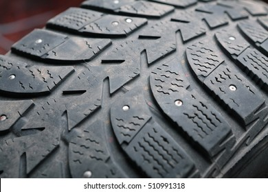 Old and dirty used tires.