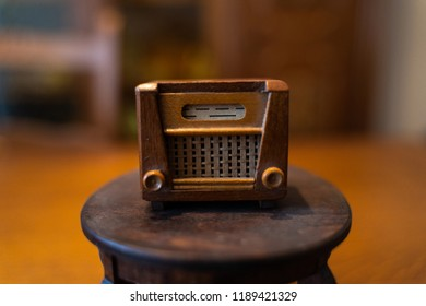Old Dollhouse Radio