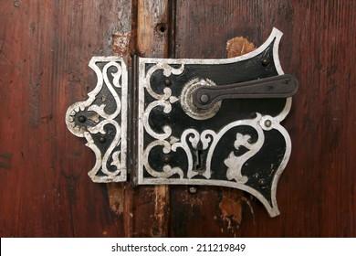 An old door handle in a castle