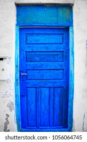 old doors in old muharraq city
