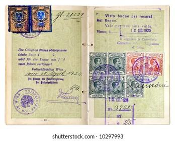 Old European Passport of 1925.