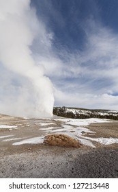 Old Faithful Geyser, Yellowstone National Park, WY
