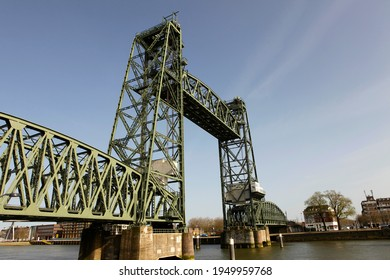 """Old famous and monumental Koningshavenbrug (""""De Hef) in Rotterdam, The Netherlands. This iconic bridge is a lifting railway bridge, one of the landmarks of Rotterdam."""