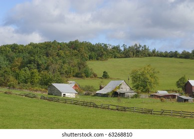 old farm buildings along the Blue Ridge Parkway