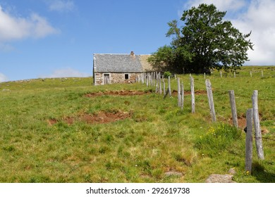 Old farm, called Buron on the Plateau de l'Aubrac
