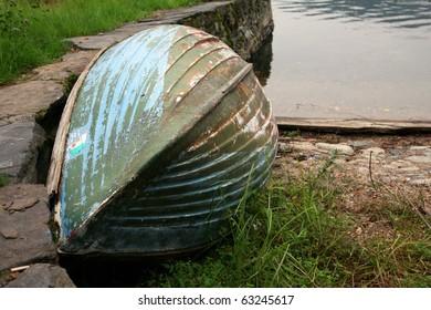 Old fishing boat, Lago d'Orta, Italia