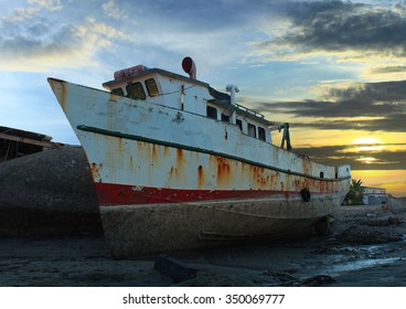 Old Fishing Boat Low Tide Sunset in Mexico