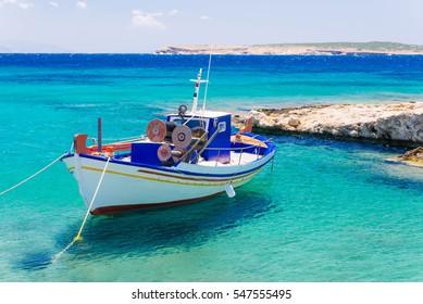 Old fishing boat, Paros