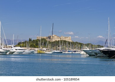 Old fort Carre and Yachts moored in Antibes. Antibes is a resort town in the Alps-Maritimes department in southeastern France between Cannes and Nice, Cote d'Azur.