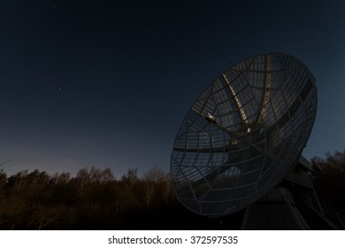 old functional radio telescope enlightenment Moon (NIGHT SCENE!)