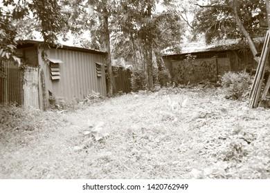Old Garage, hometown, country boy