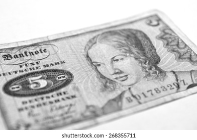 Old German banknotes from five marks (black and white)