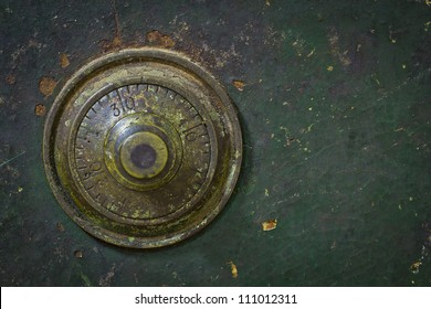 the old and grunge vintage dial key lock safe