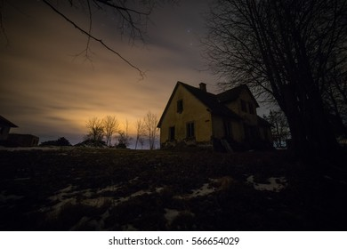 old home and stars