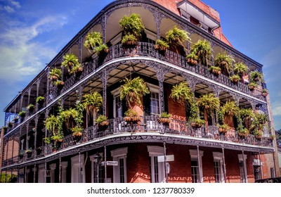 Old hotel in French quarter, New Orleans