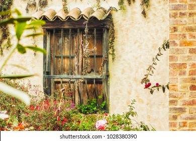 old house in colombia