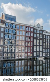 Old Houses At The Canal Around  Damrak Amsterdam The Netherlands 2018