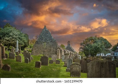 The old Kirk Yard and Old Kirk ruins, the burial place of many of Robert Burn's characters including his grand parents.