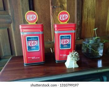 old kitkat on red kitkat box in SISAKET,THAILAND 2019