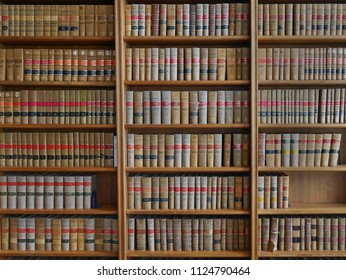 old law reports on bookshelves