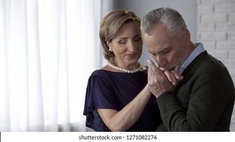 senior citizen dating club