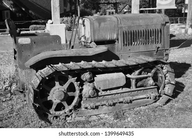 Old Bulldozer Images, Stock Photos & Vectors | Shutterstock