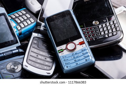 Old mobile cell phones