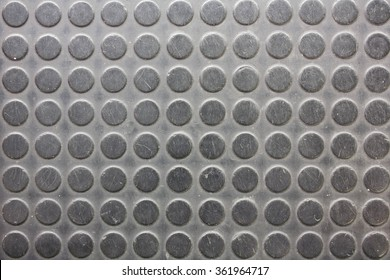 old Non-slip black circle rubber pad