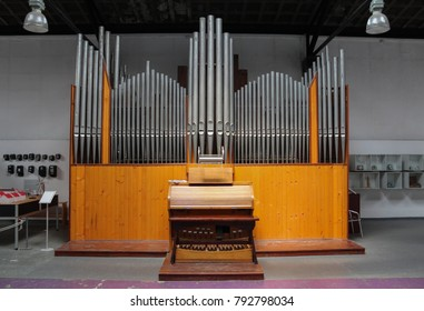 An Old organ instrument.