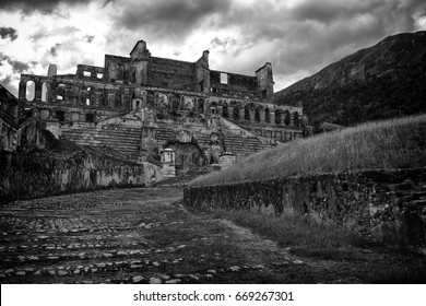 An old palace and fort in ruins, once massive and amazing now overtaken by nature