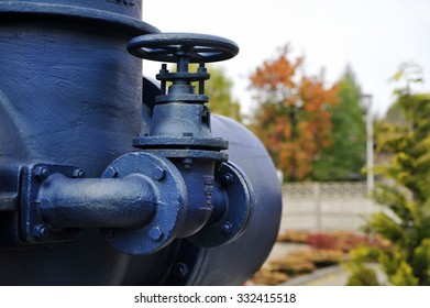 Old pump used to transfer fresh water at public utility