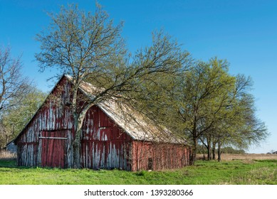 Old red barn in Collin County, TX.