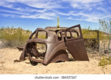 Old Rusted car in Desert by Phoenix