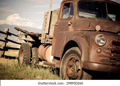 old rusted country pickup truck