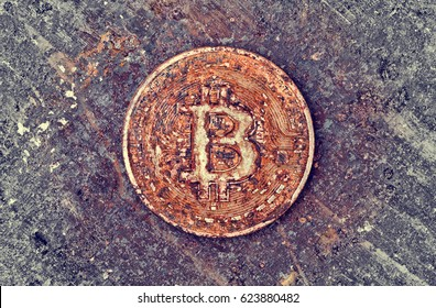 old and rusty bitcoin obsolescence of virtual payment concept