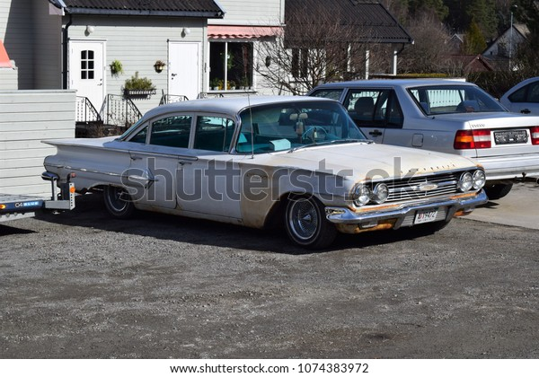 Old Rusty Chevrolet Vehicle Car Kongsvinger Stock Photo Edit Now 1074383972