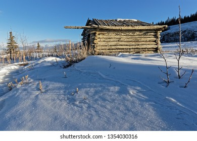 Old Silver City Cabin on the shore of Kluane Lake, Kluane National Park, Yukon