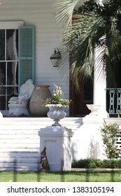 old southern porches with steps