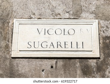Old street sign in Rome, Italy - Vicolo Sugarelli