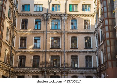 Old streets of the city.Architecture of the 20th century.The building is beautiful.Bright building.Tourist destination.Fragment of the building.Old town.Bright building.Attraction.Cosy streets